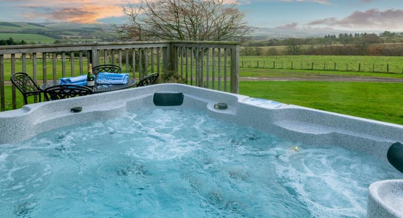 Large Hot Tub at the Buchanan