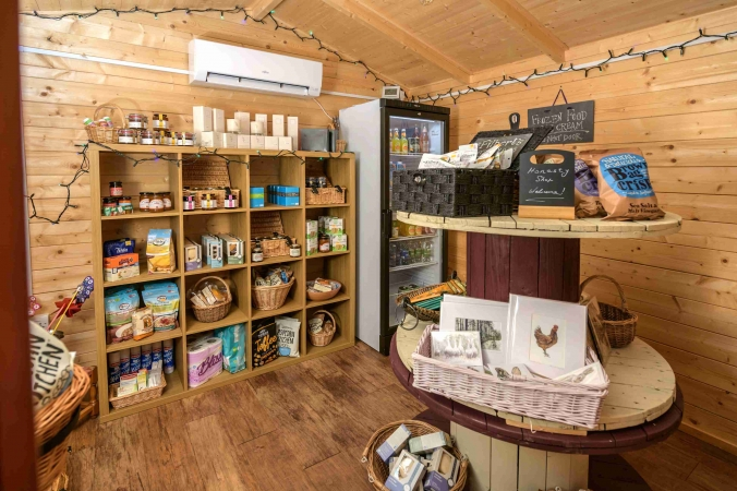 Wee Farm Shop at Airhouses