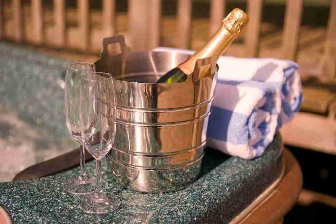 hot tub at the Lodge